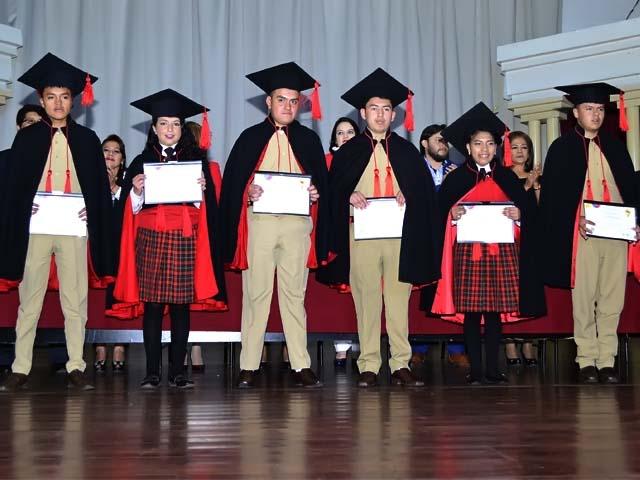 Graduación en la Unidad Educativa Bolívar Promoción 2019 (Colegio Bolívar)