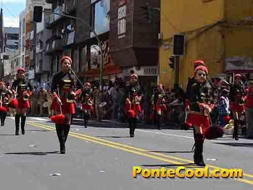 Colegio Bolívar Desfile del 12 de Noviembre de 2016