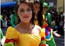 Colegio Bolivar Desfile de la Fiesta de la Fruta y de las Flores Ambato 2013