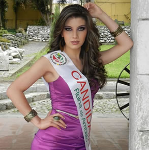 Gabriela Carolina Herrera Reina Virtual de Ambato 2013