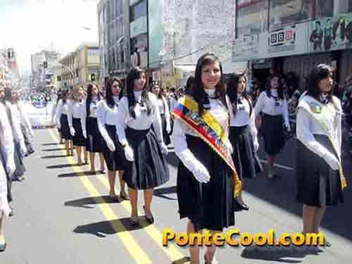 Colegio La Inmaculada Desfile del 12 de Noviembre de 2016