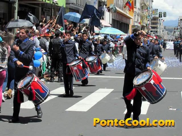 Colegio Pio X Desfile del 12 de Noviembre de 2016