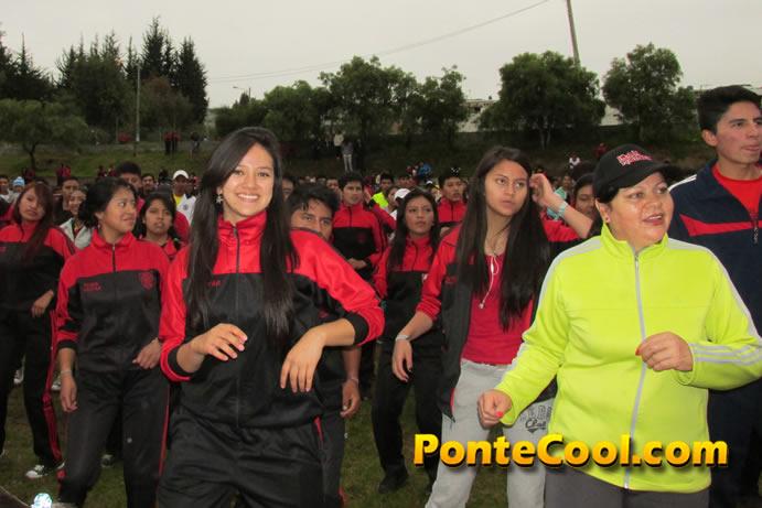 Festival deportivo, artístico y gastronómico Unidad Educativa Bolívar 2016