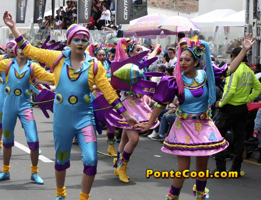 Desfile Fiesta de la Fruta y de las Flores Ambato 2020